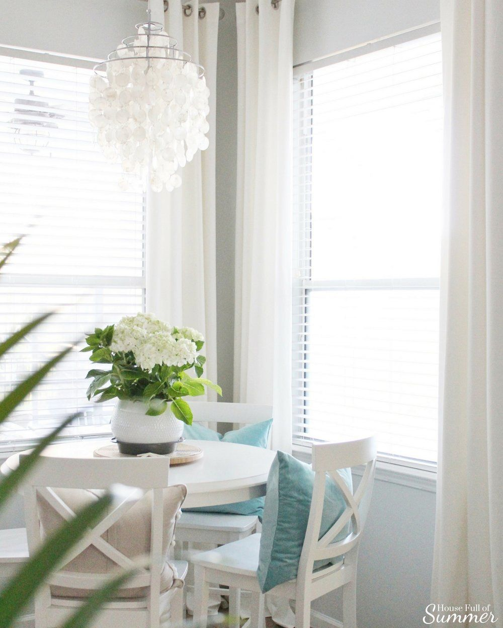 Add new life to your home with this new years resolution house full of summer