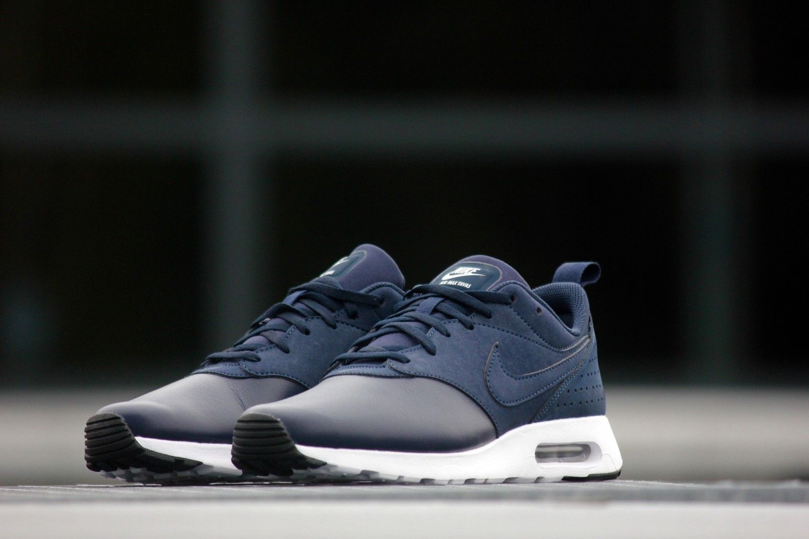 hot sale online 003b7 fb404 Nike Air Max Tavas LTR Obsidian - 802611-400