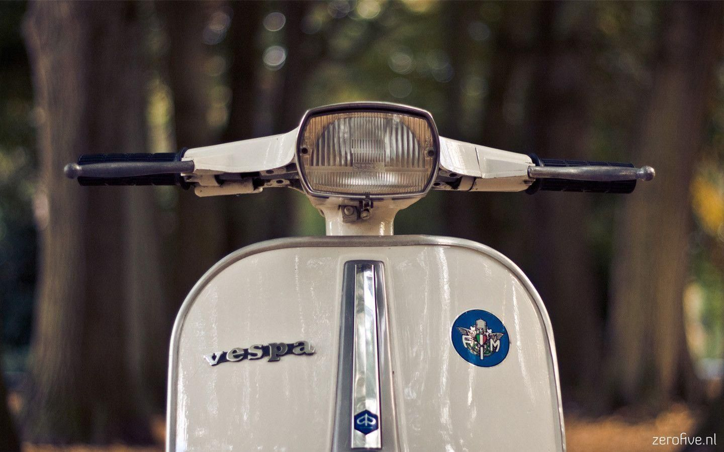 Vespa Bike Full Hd Wallpapers Free Download 20 With Images