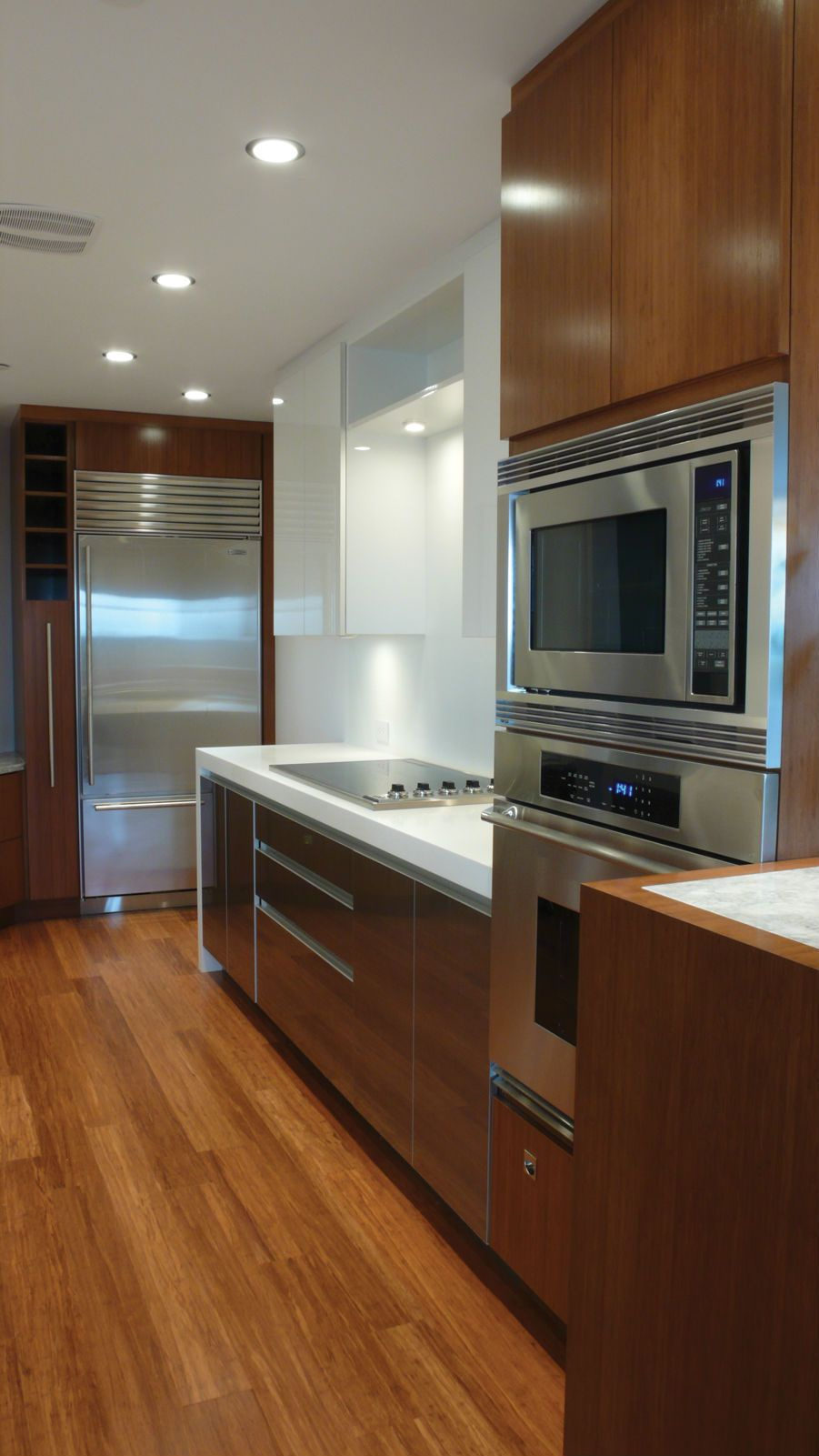 Best White And Grey Kitchen Contemporary Kitchen Transitional 400 x 300