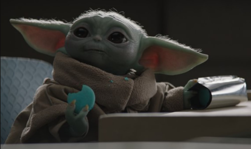 Disney Recipe Make Baby Yoda S Blue Milk Macarons At Home The Disney Food Blog Star Wars Mandalorian Disney Food Blog