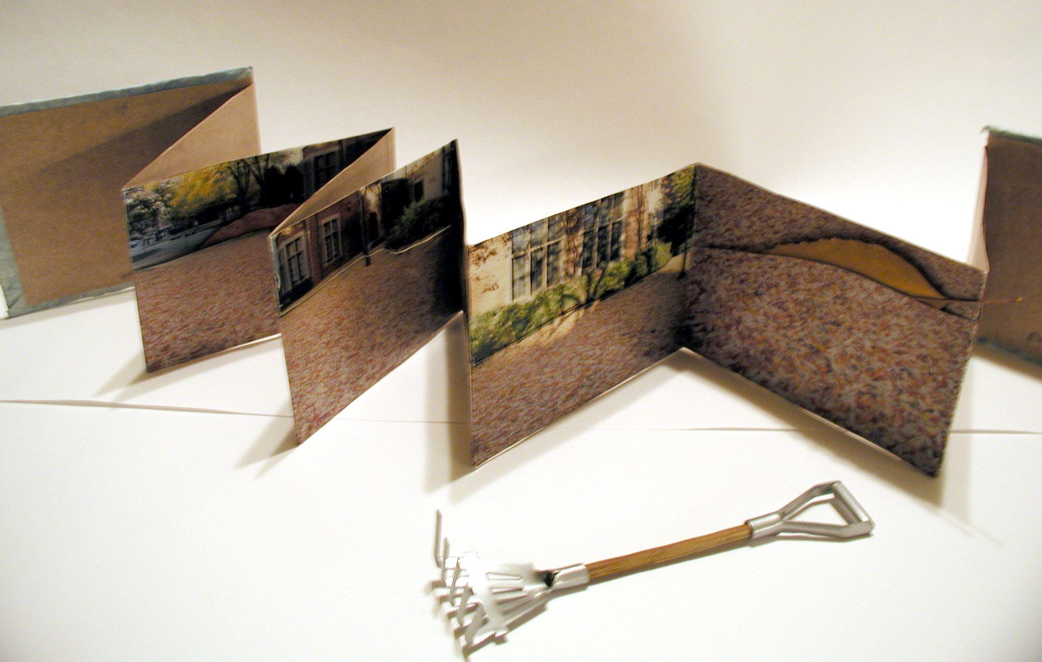 Leaf A Pocket Accordion Book Of Photos Shot At Uw Milwaukee By Darlene Hagopian Handmade Books Artist Books Concertina Book