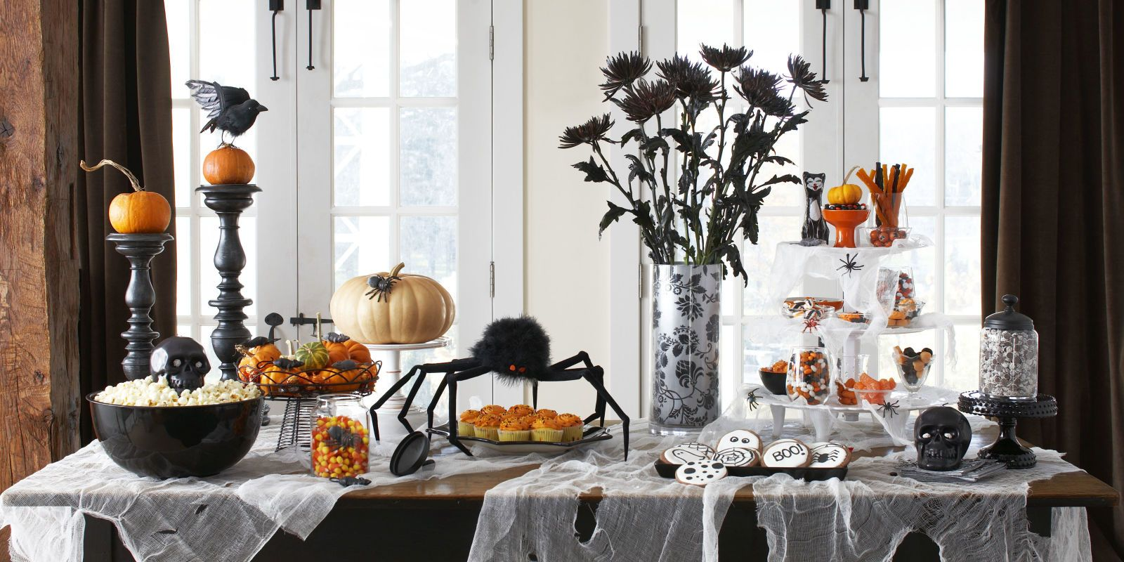 60+ Enchanting Halloween Decorating Ideas Halloween decorating - Inexpensive Halloween Decorations