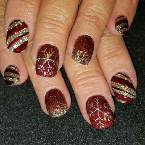 100 beautiful snowflakes designs and sparkling glitters