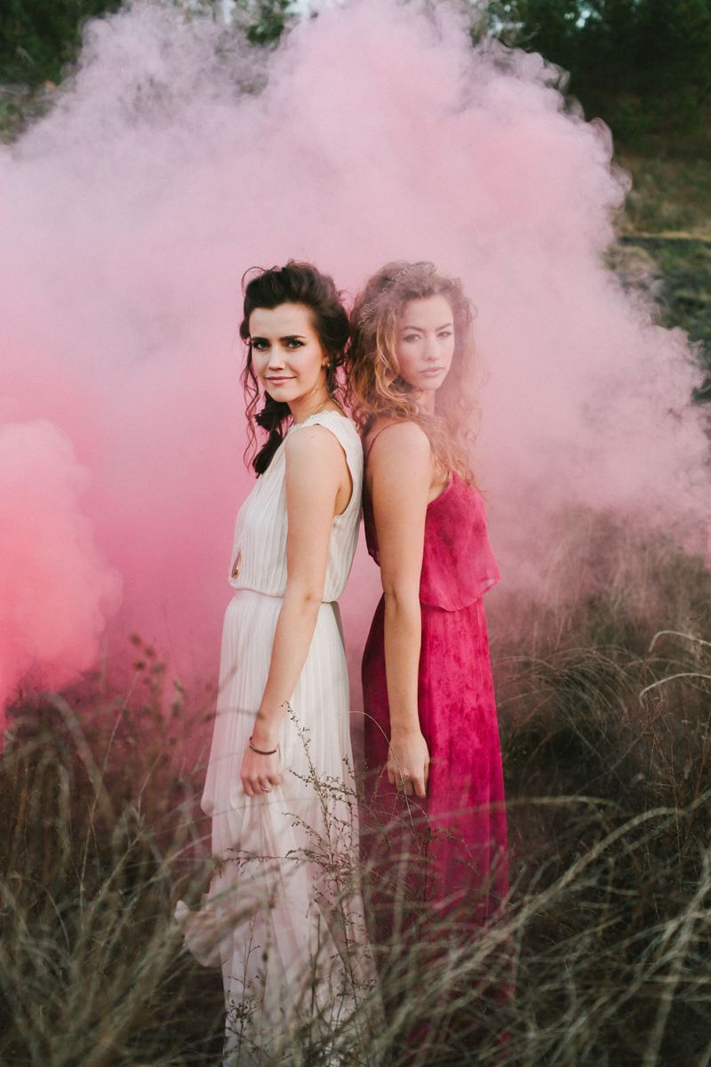 smoke bomb wedding, colorful desert wedding Photography: W&E ...
