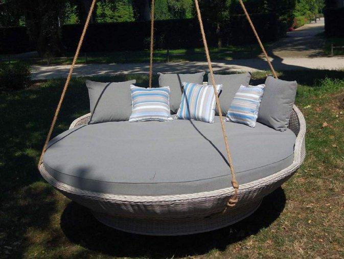Siros Okragle Lozko Ogrodowe Z Baldachimeme Outdoor Bed Outdoor Furniture Outdoor Decor