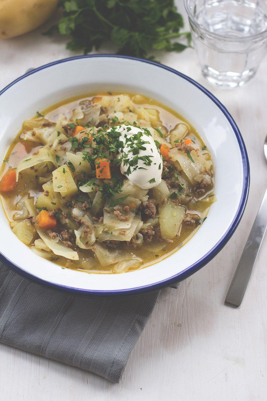 Weißkohl-Lamm-Eintopf mit Kartoffeln und Möhren