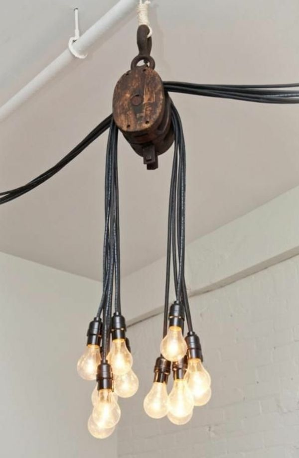 Diy Deko Aus Gluhbirnen 120 Bastelideen Fur Alten Gluhbirnen Diy Beleuchtung Lampe Beleuchtungsideen