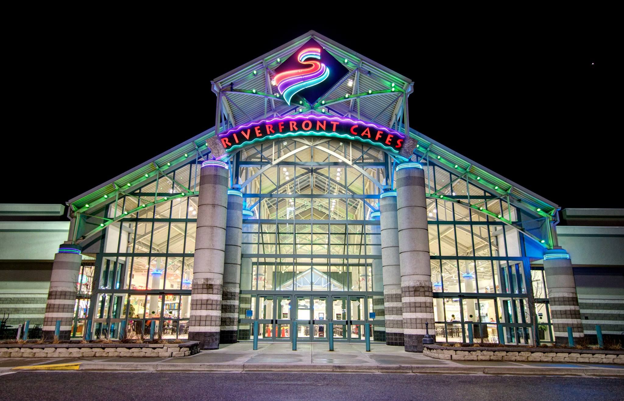 Spokane Valley Mall Is 30 Mins Away From Cheney This Mall Has Forever 21 Macys American Eagle H Nordstrom Rack Tj Maxx A Spokane Valley Spokane Landmarks