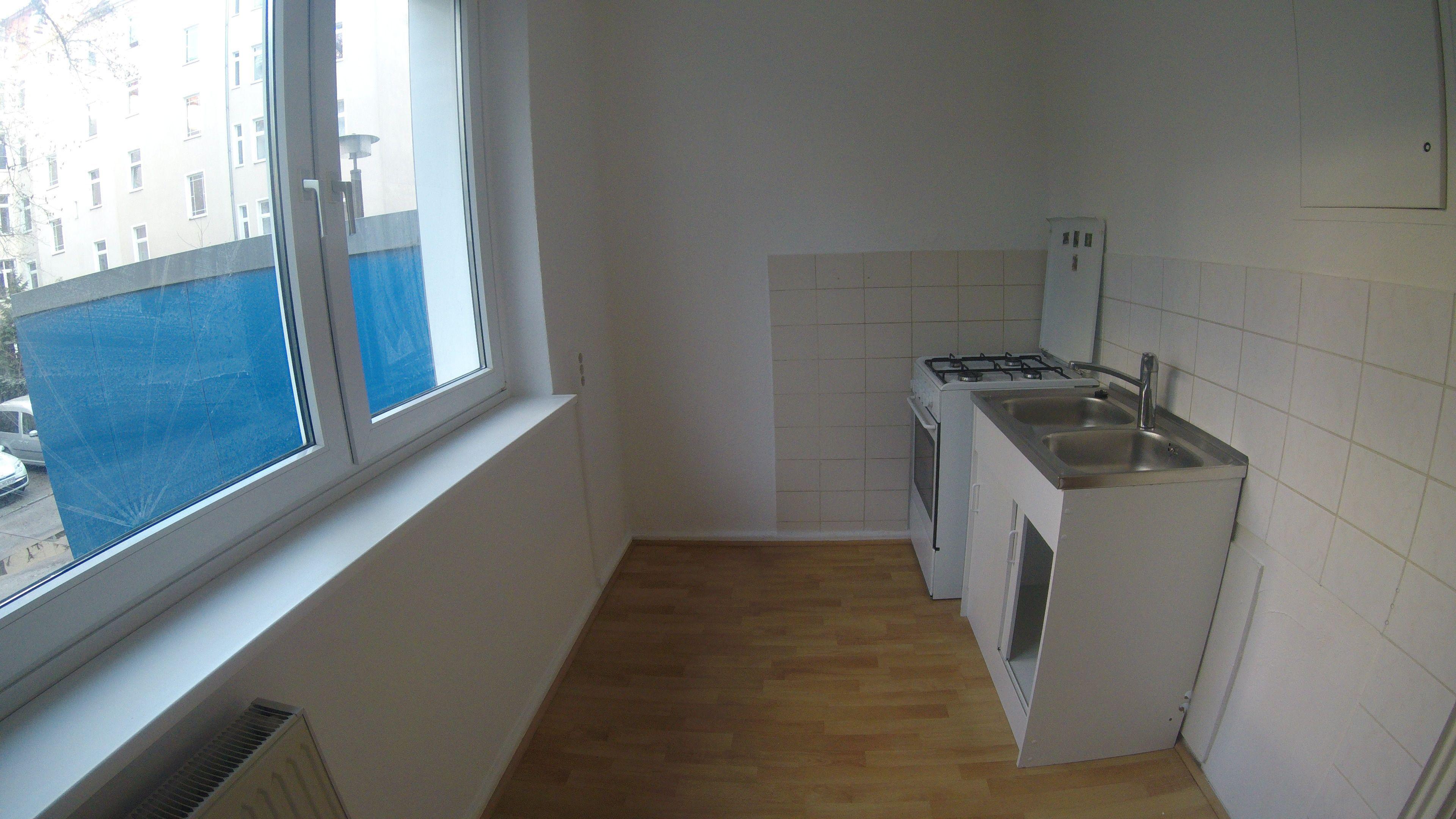 Berlin Friedrichshain Sanierte Wohnung Mit 2 Zimmern Und Wannenbad Ruhiges Schlafzimmer W In 2020 Wohnzimmer Berlin Ruhiges Schlafzimmer Grosses Wohnzimmer