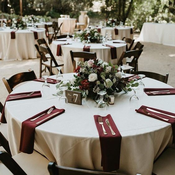 Fall Vintage Wedding Ideas: Vintage Fall Burgundy Wedding Table Settings Napkin