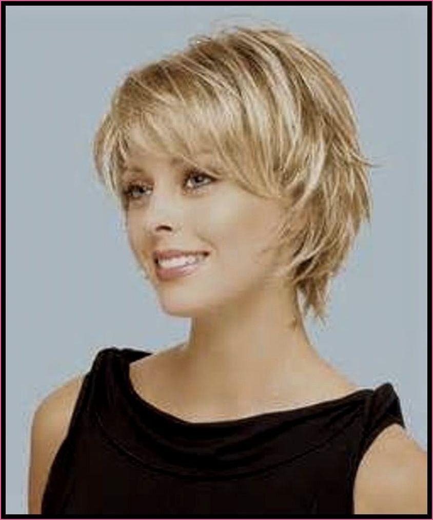 Kurzhaarfrisur Dunnes Haar Teil In 2020 Frisuren Halblang Gestuft Frisuren Halblang Langhaarfrisuren