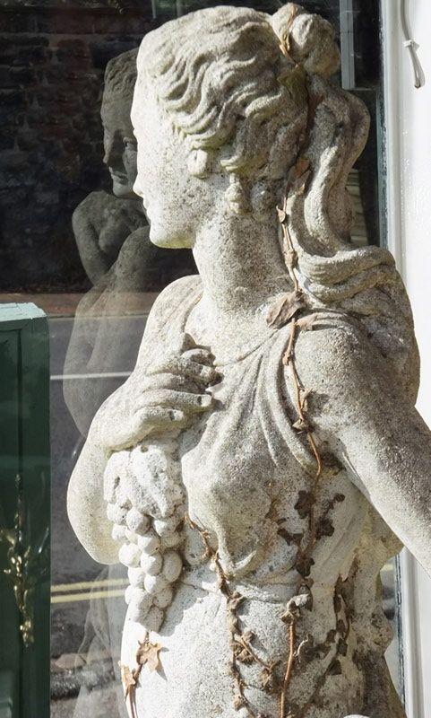 Garden StatuesStoneware