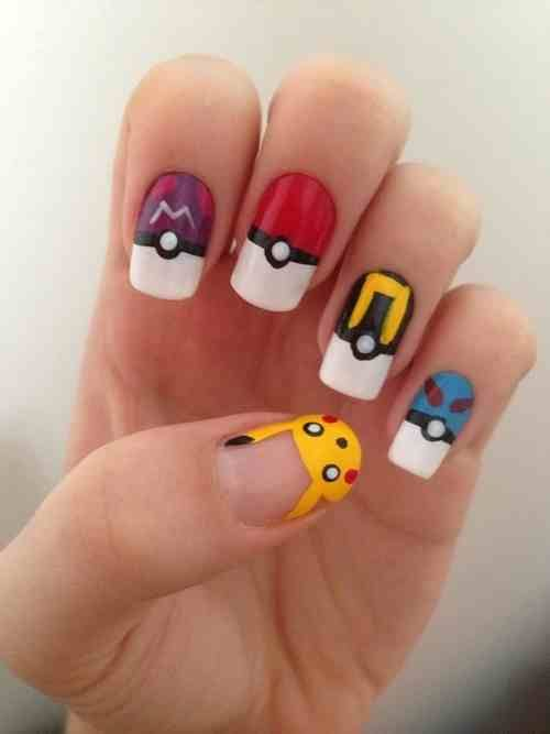 Pokemon pokeball nail art