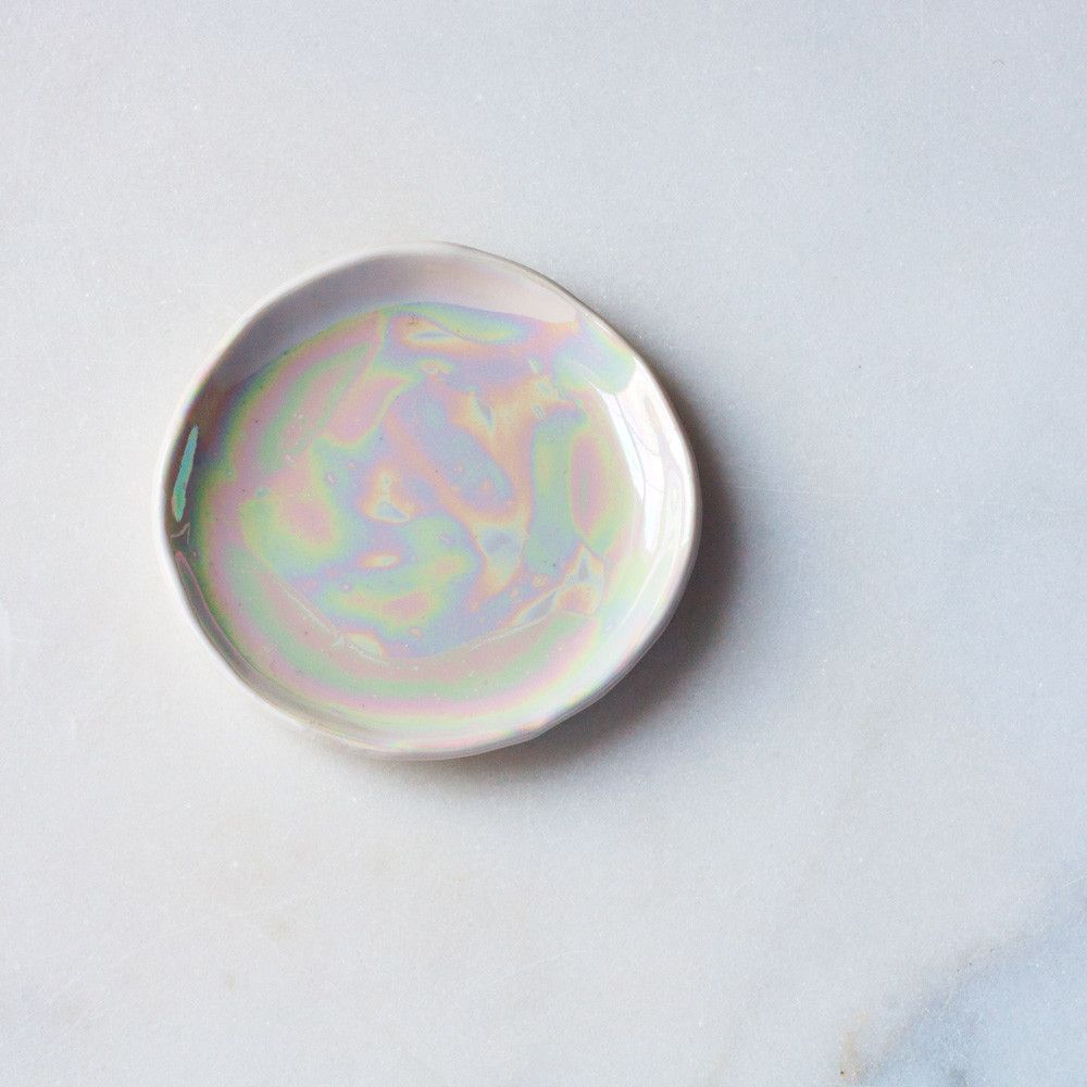 Store your jewelry in style. Ring Dish in Pearlescent Brushstrokes – Suite One Studio