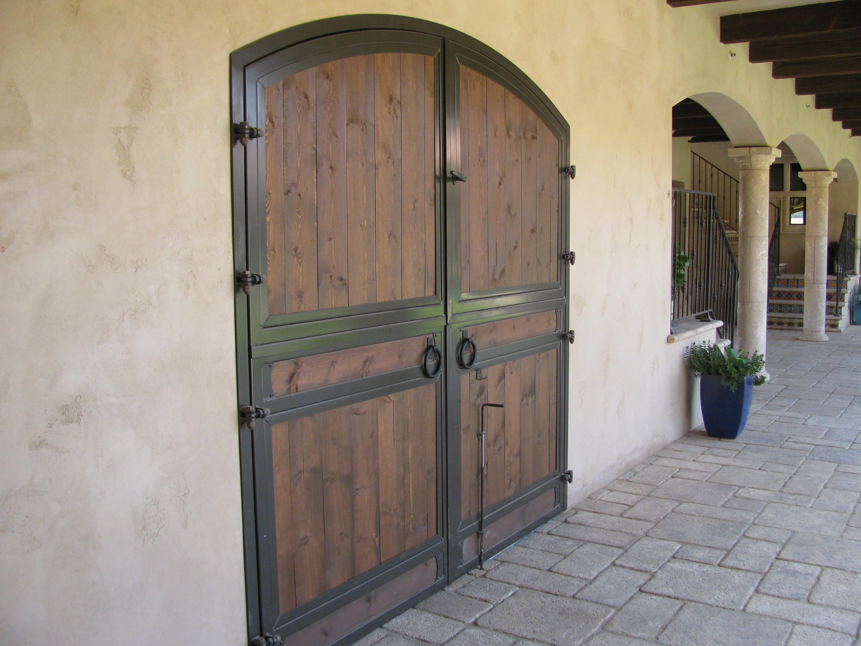 Arched Double Dutch Barn Doors By Classic Equine Equipment Barn