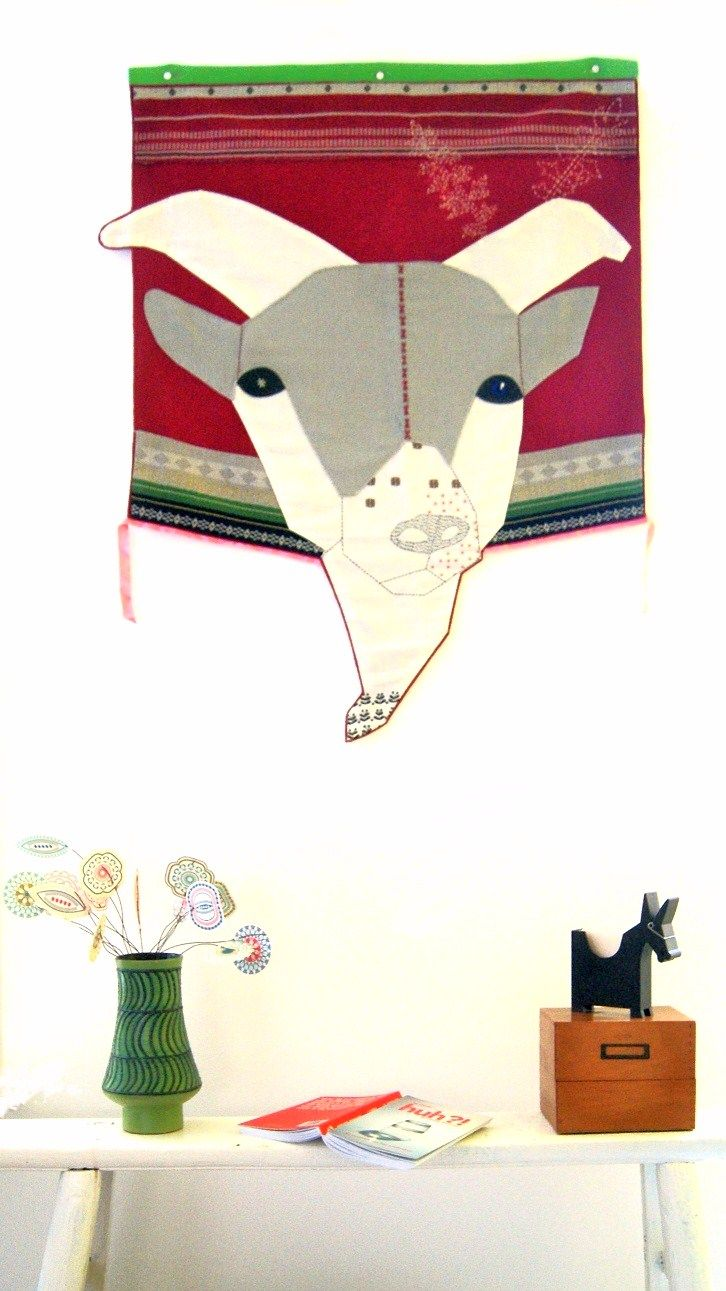 two of my favorite designers..the goat is from hella Jongerius, the paper flowers (Blom) in the green vase from Jurianne Matter