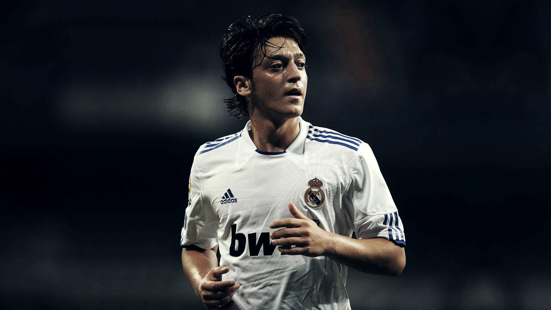 Mesut Ozil Real Madrid Hd Wallpaper Olahraga
