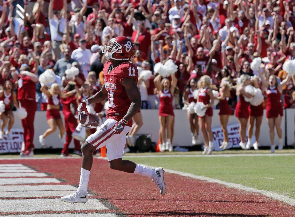Ou Vs Texas Football Photo Gallery Texas Football Football Football Photos