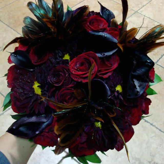 Dark Halloween Flower Bouquet   Fall Wedding   Pinterest   Flower ...