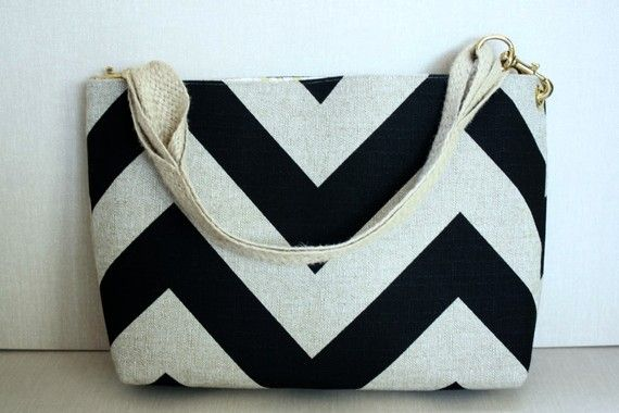 love this chevron bag from @ellen {handmade recess}