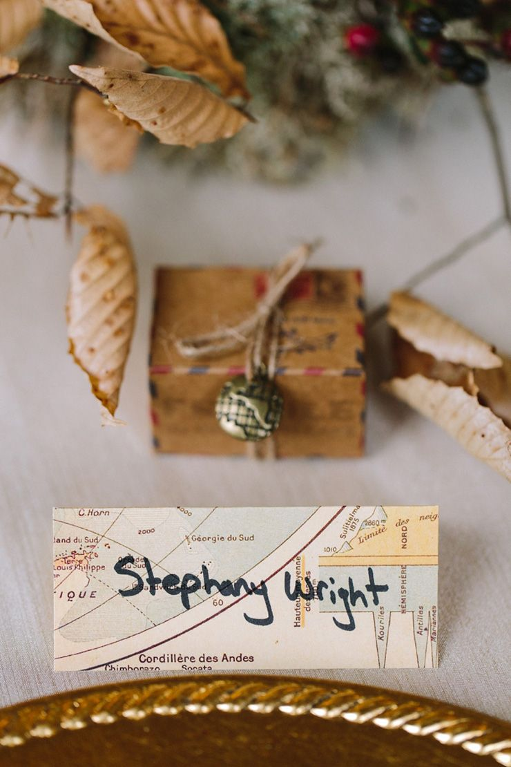 Travel themed wedding place cards| fabmood.com