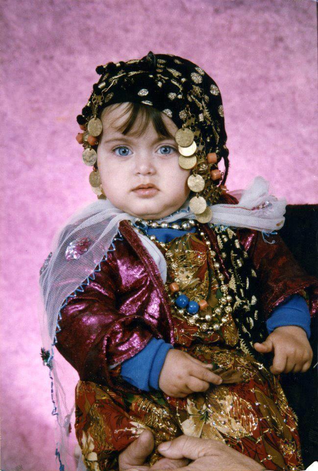 Do Kurdish girls date/marry outsiders