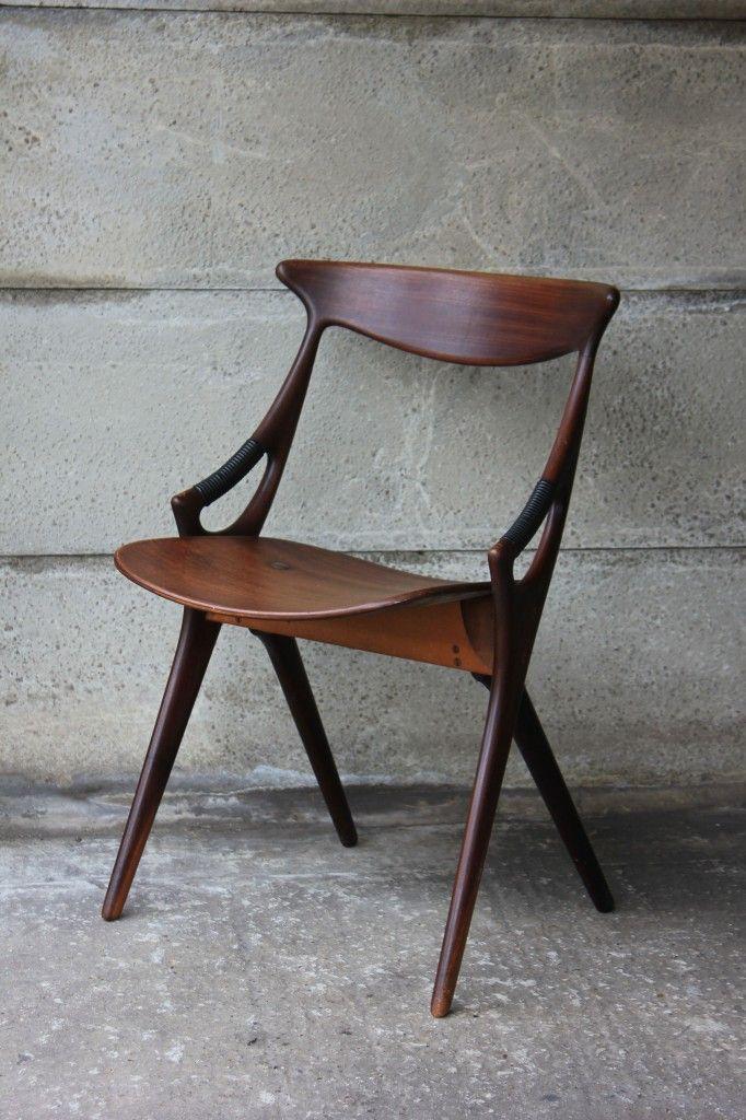 Dining chair, Arne Hovmand-Olsen, for Mogens Kold, 1950s | 1934 | ELLE Decoration NL