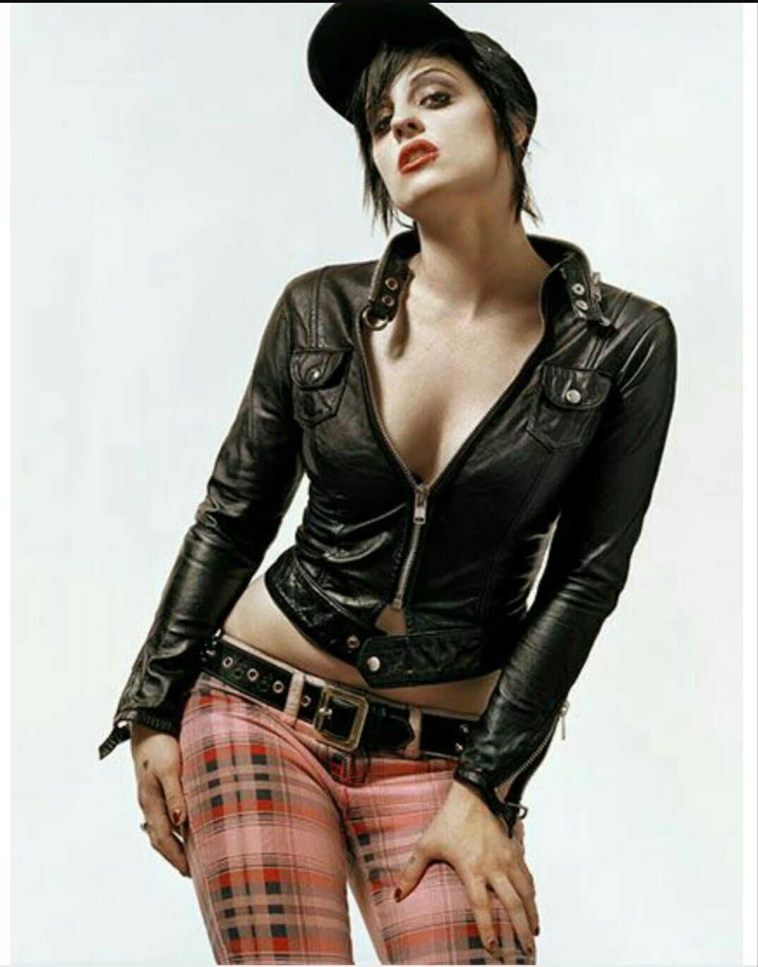 Brody dalle naked images