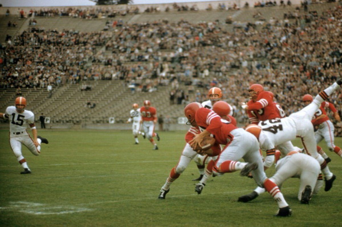 Embedded image Football pictures, Sport football, 49ers vs