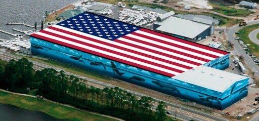 World S Largest American Flag Mural Legendary Marina Destin Florida Large American Flag Santa Rosa County God Bless America