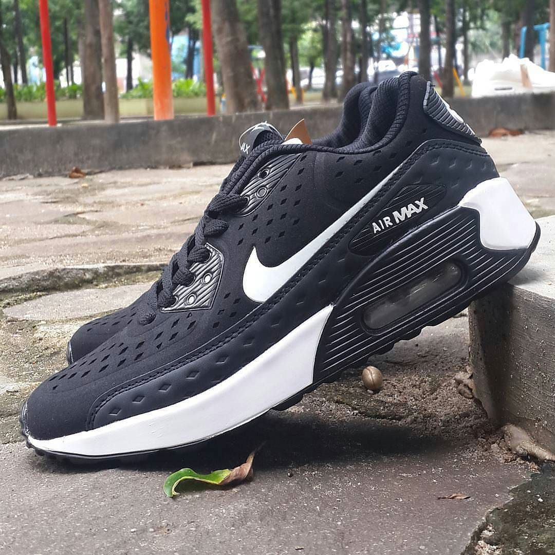 1db9e162166 Nike Airmax Ultra Moire IDR320.000 made in vietnam Size 40-44 Send ...