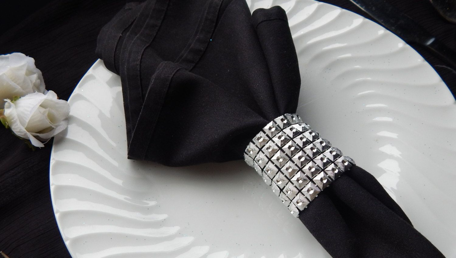 Special Occasion SILVER FAUX RHINESTONE Linked Napkin Rings, Metal ...