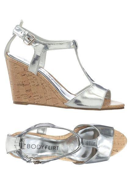 Klínové sandále-BODYFLIRT