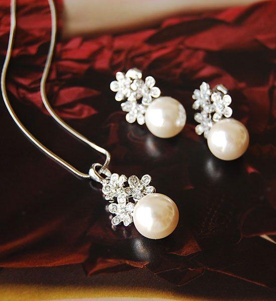Flower pave & pearl SET - Richbon Jewelry | リッチなアクセサリーのセレクトショップ