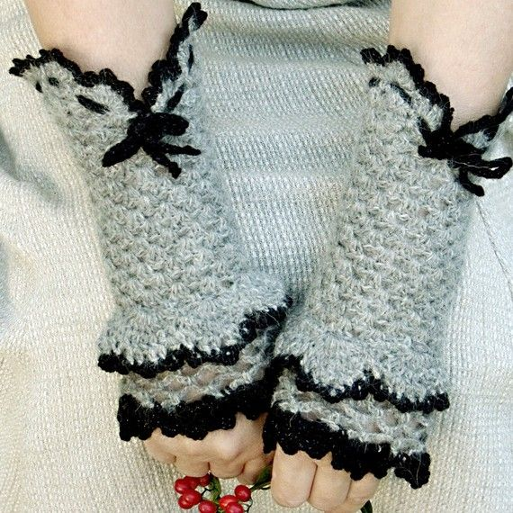 Alpaca Wool Victorian Crochet Fingerless Gloves Dark Gray Black