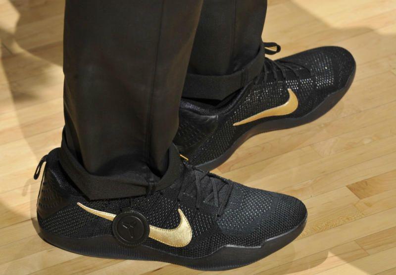 LeBron James Nike Kobe 11 Fade to Black | Solecollector