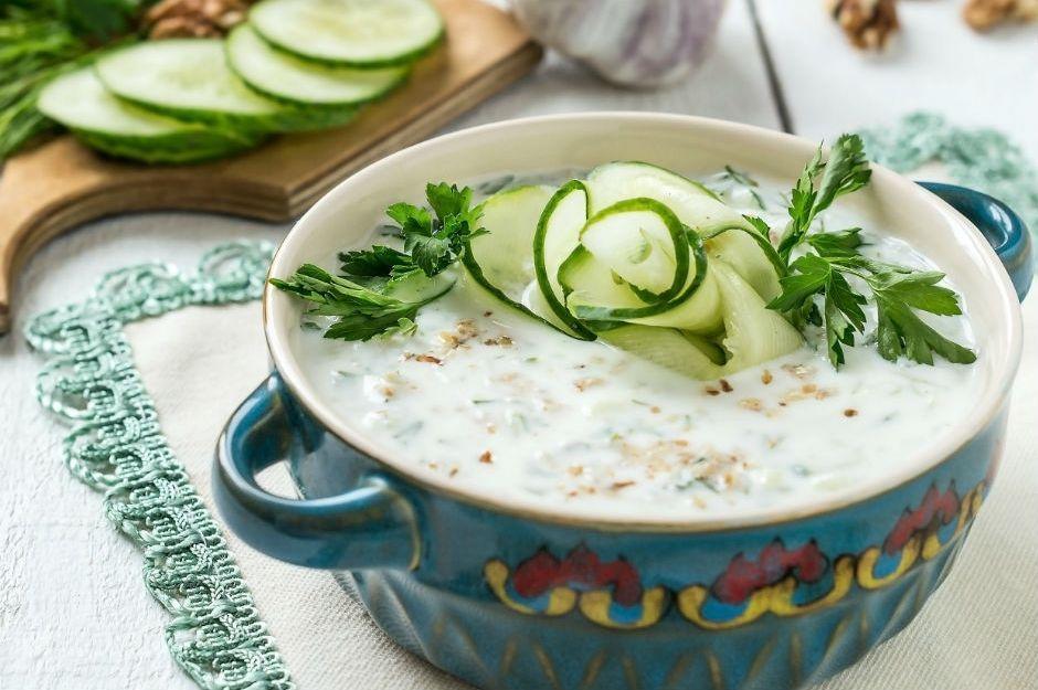 Ic Ferahlatan Ince Bulgurlu Soguk Yogurt Corbasi Yemek Com Yemek Tarifi Gida Yemek Tarifleri Yemek