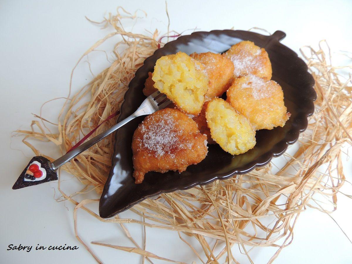 Frittelle di riso toscane, dolce tipico regionale, facile, economico, dolce delle feste, ricetta Sabry in cucina Blog
