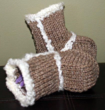 Baby Booties - Ugg Boots Knitting Pattern Knitting patterns ~ Baby booties ...