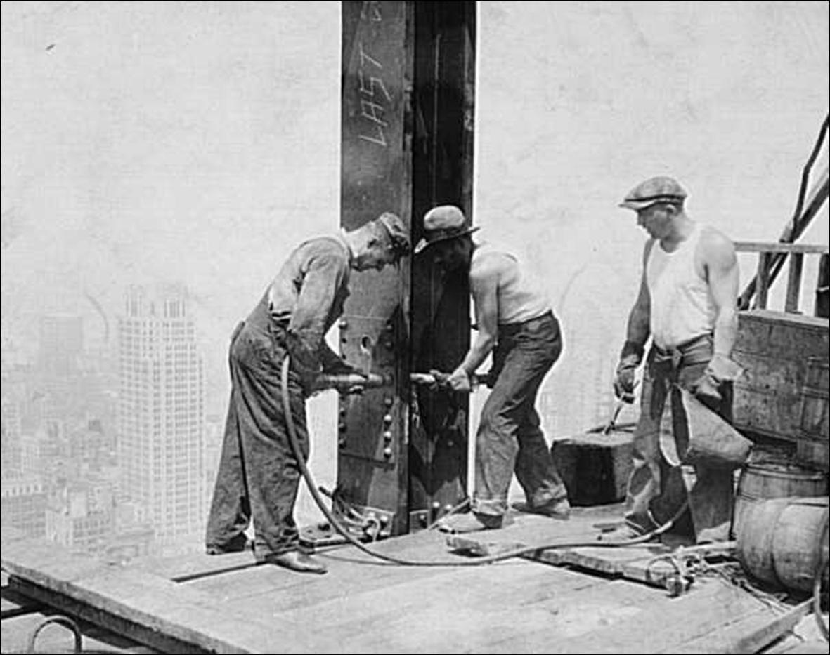 Empire State Building under construction En el proyecto