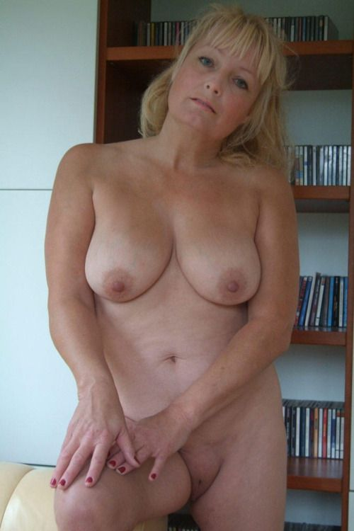 Mature Women Sexy Trailer Hot 41