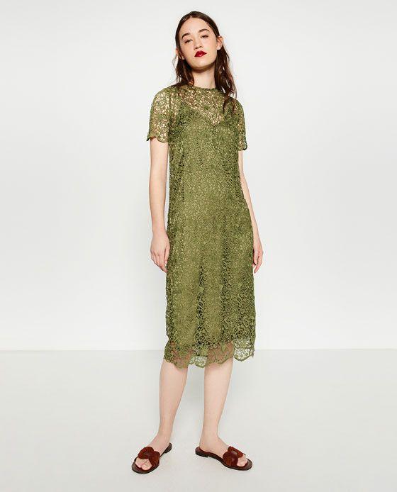 Vestido verde de encaje de zara