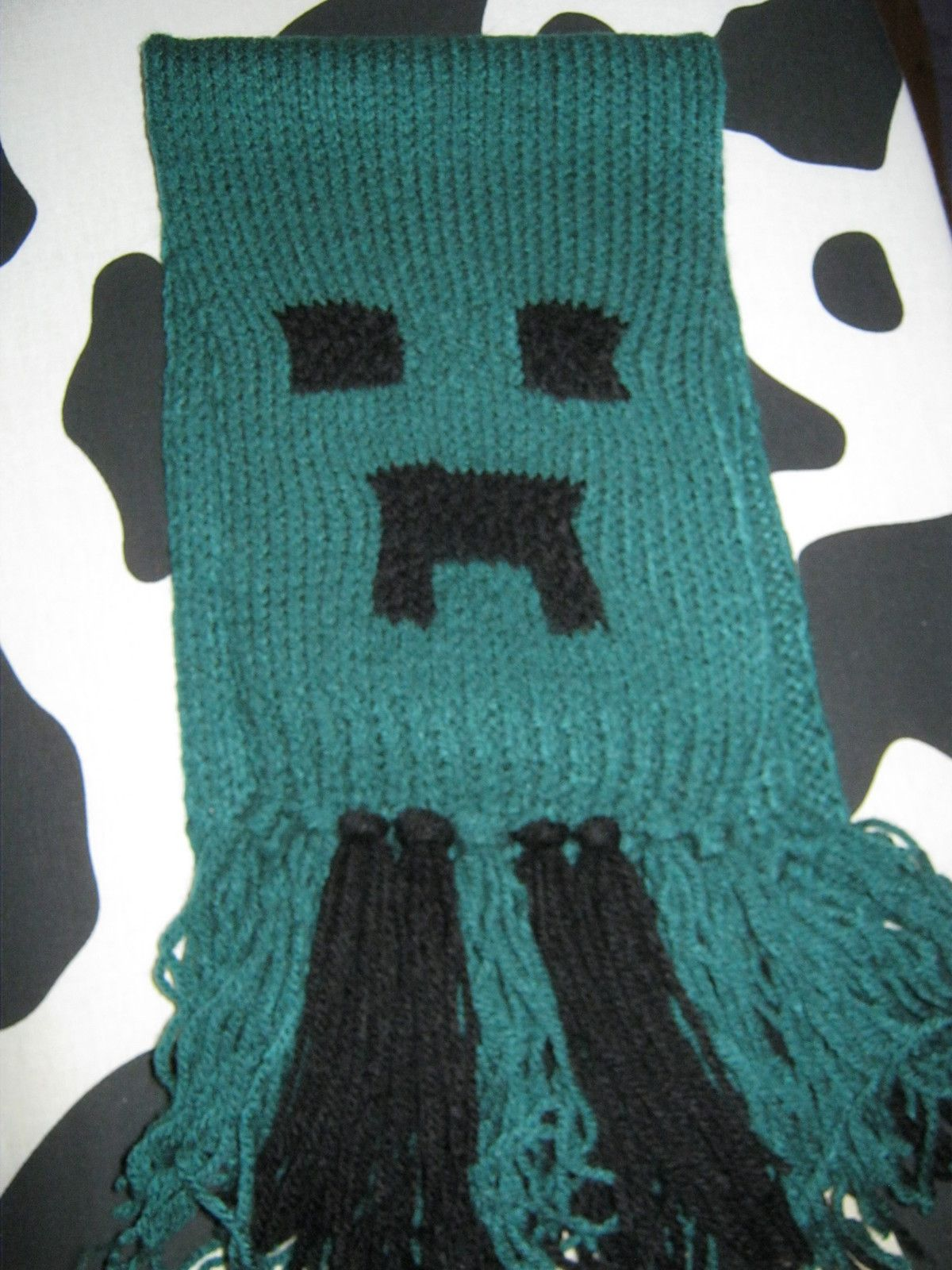 Minecraft creeper scarf for the cold winter scarf crochet craft bankloansurffo Images