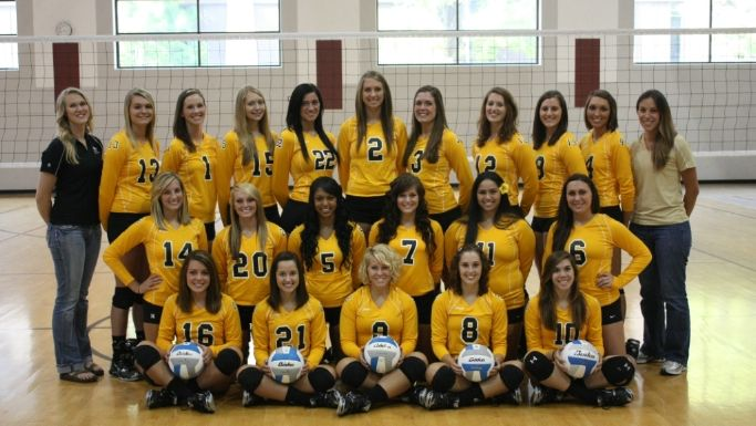 Quincy University 2014 Women S Volleyball Roster Women Volleyball Women Volleyball