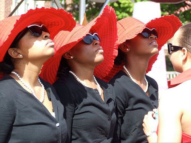A line of Sorors...I love their hats!