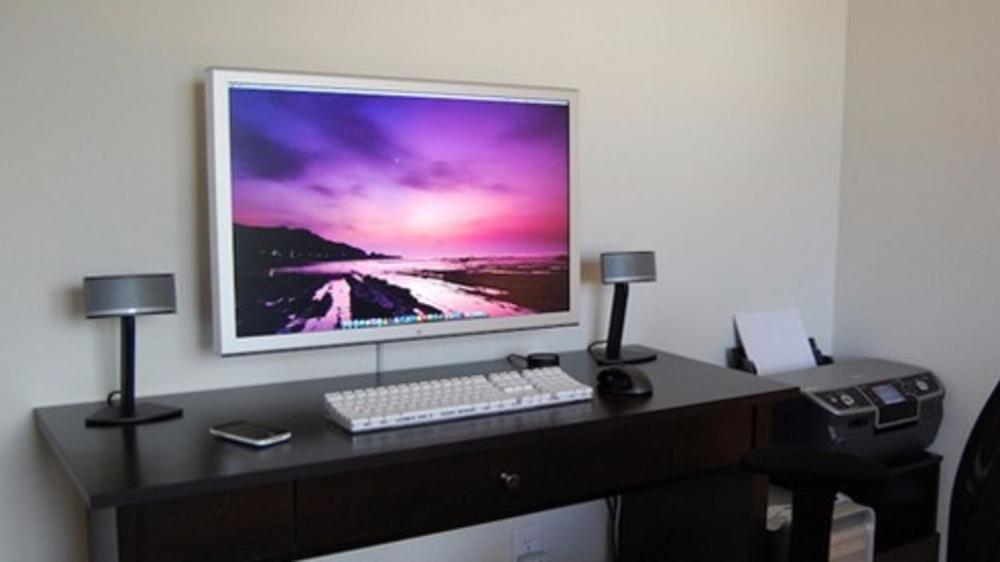Wall Mount Your Flatscreen Monitor Wall Mount Monitors Wall Mounted Tv Flat Screen