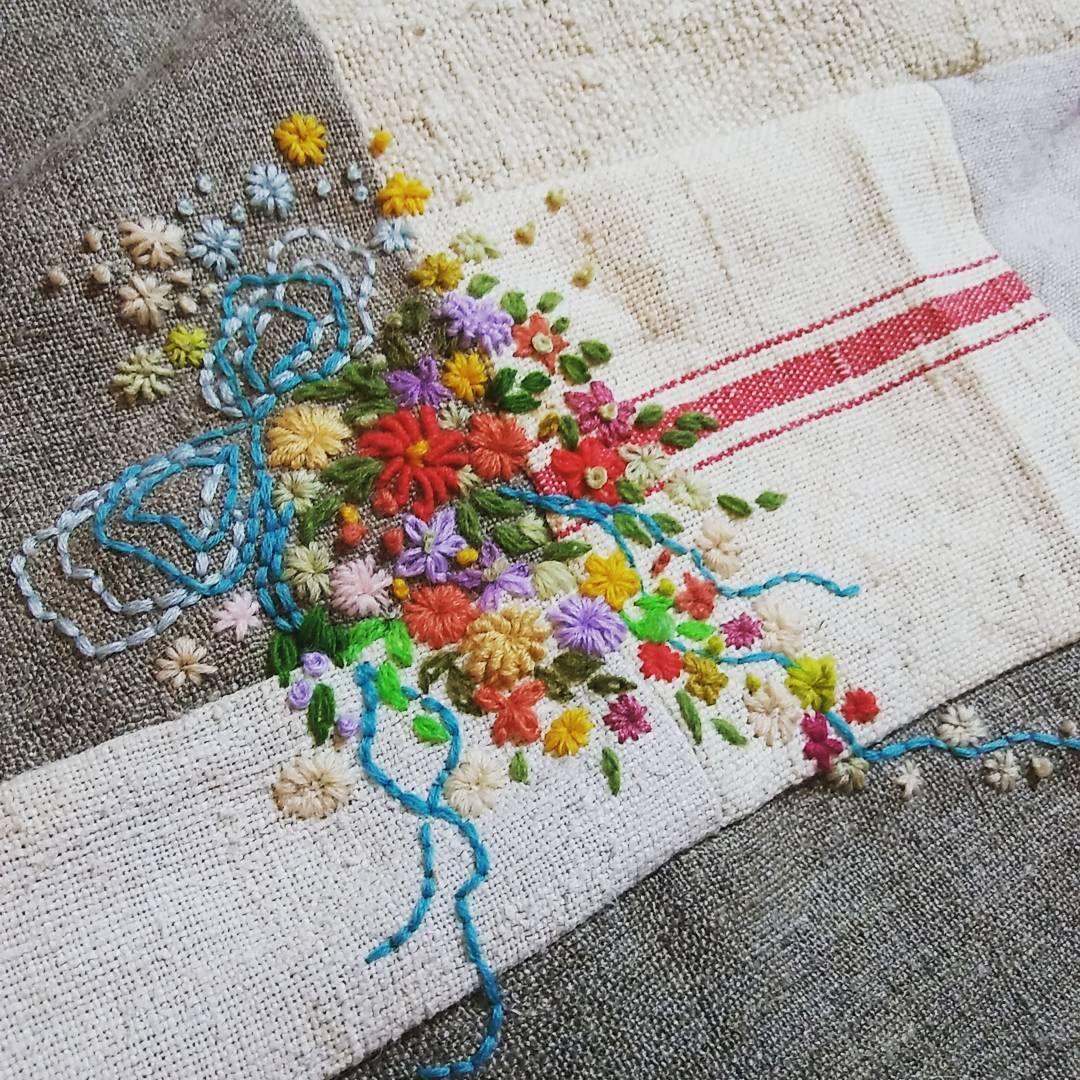 #embroidery#stitch#needlework#Hemp linen #프랑스자수#일산프랑스자수#자수#햄프린넨 #또다른 완성~ 가장 설레고 행복한 시간 ~