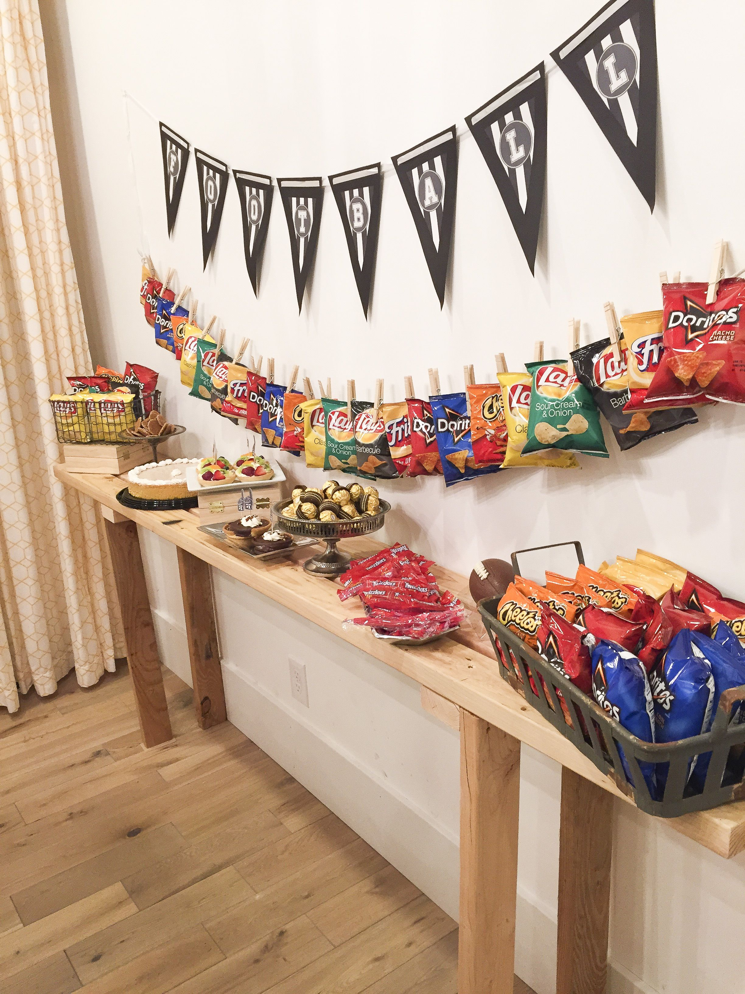 game day party bags stand for and movie nights concession stand for game day party