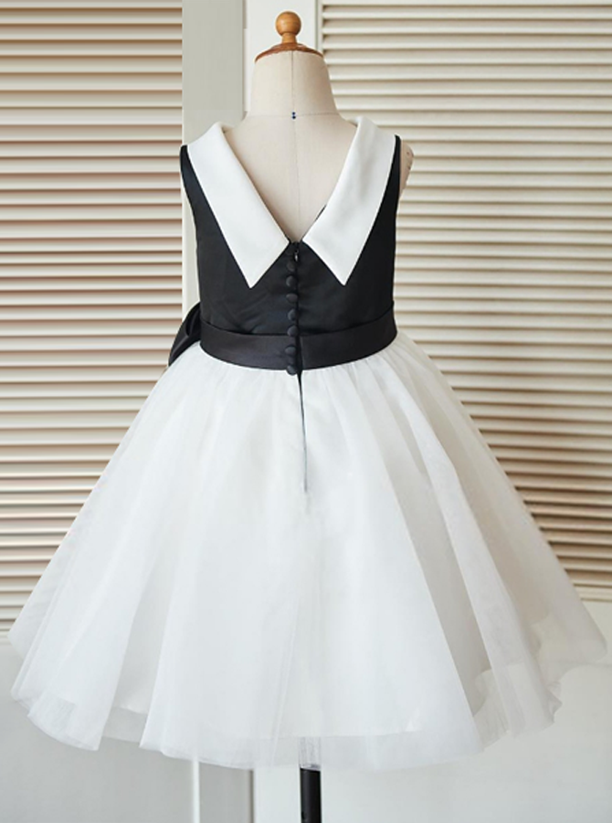 c04e61aa6df A-Line Jewel Open Back Ivory Flower Girl Dress with Appliques in ...
